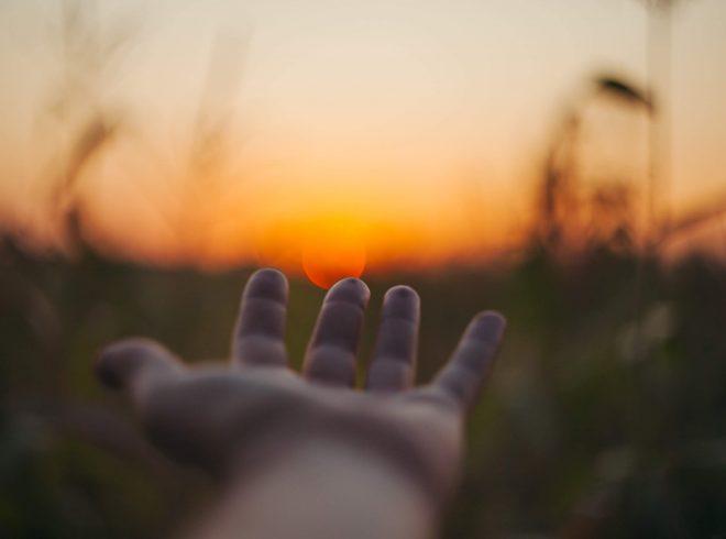 Mentsünk meg valakit! – avagy miért segítünk másoknak?